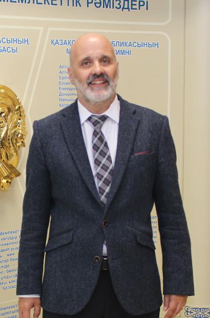 Мэнн Стивен Энтони